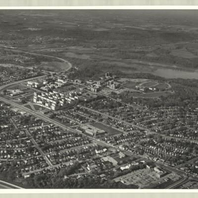 [McMaster University campus, 1975] : [photo 45277S-17]