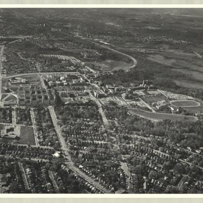 [McMaster University campus, 1975] : [photo 45277S-21]